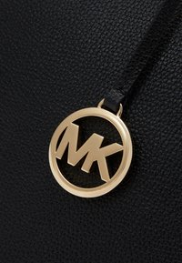 MICHAEL Michael Kors - SATCHEL - Handbag - black - 5