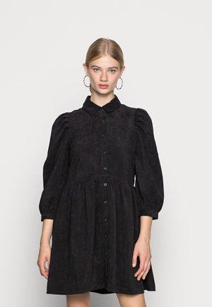 JDYULE SOFI PUFF SLEEVE BELT DRESS - Abito a camicia - black