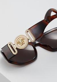 Versace - UNISEX - Sluneční brýle - havana - 5