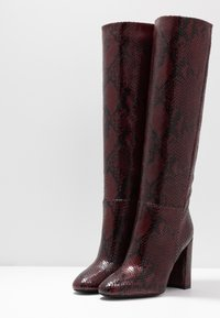 TWINSET - Højhælede støvler - beet red - 4