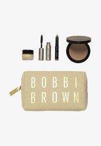 Bobbi Brown - SUNKISSED SKIN SET - Makeupsæt - - - 0