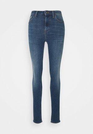 SHELLY - Jeans Skinny - medium blue