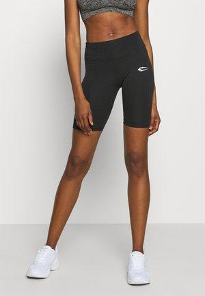 CYCLING ESSENTIAL - kurze Sporthose - schwarz