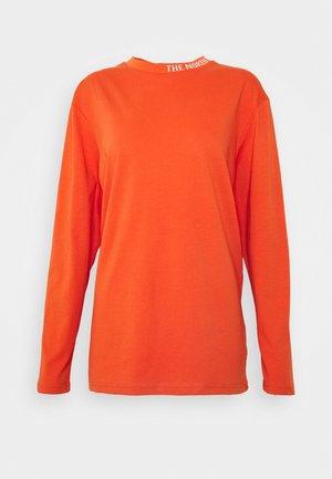 NEW ZUMU TEE - Langærmede T-shirts - burnt ochre