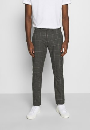 PAUL NILI PANT - Chinos - brown