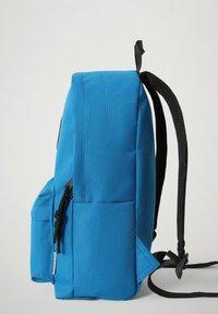 Napapijri - VOYAGE MINI - Rucksack - mykonos blue - 3