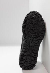 Hi-Tec - JAGUAR - Hiking shoes - black/picante - 4