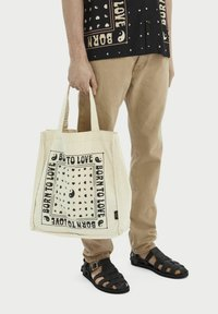 Scotch & Soda - BORN TO LOVE - Tote bag - ecru