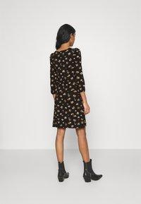ONLY - ONLMEYA SHORT DRESS - Jersey dress - black - 2