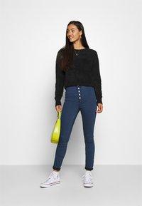 Vero Moda - VMJOY  - Jeans Skinny Fit - medium blue denim - 1