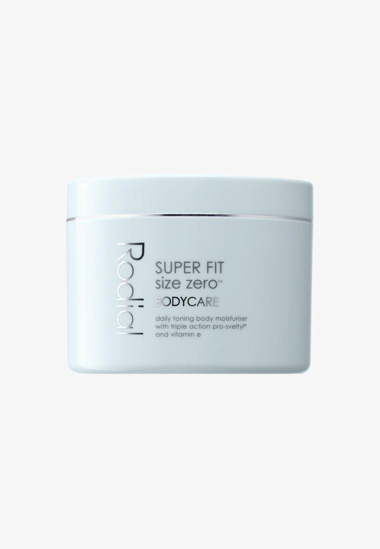 Rodial - SUPER FIT SIZE-ZERO™ 300ML - Anti-Cellulite - neutral