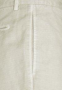 Boglioli - Shorts - beige - 6