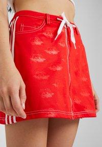 adidas Originals - Minifalda - red - 4