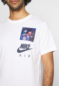 Nike Sportswear - TEE AIRMAN DJ - Triko spotiskem - white - 5