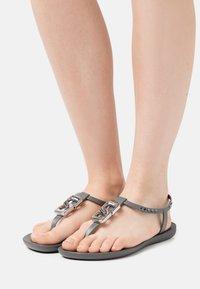 Ipanema - CLASS CHIC - T-bar sandals - dark grey/grey - 0