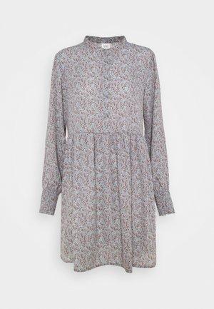 JDYCARMEN SHORT DRESS - Blousejurk - citadel/copper brown