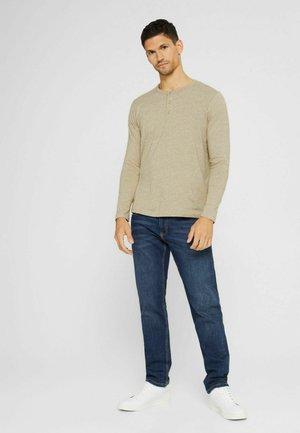 REGULAR FIT - Long sleeved top - beige