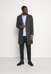 Isaac Dewhirst - Classic coat - grey - 1