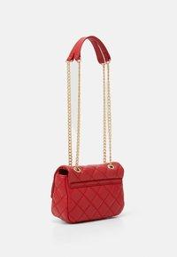 Valentino Bags - OCARINA - Across body bag - rosso - 1