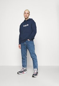 Levi's® - RELAXED GRAPHIC - Huppari - blues - 1