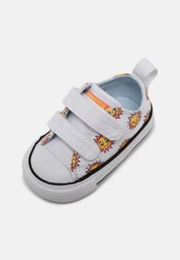 Converse - CHUCK TAYLOR ALL STAR UNISEX - Sneakers laag - white/citron pulse/chambray blue - 6