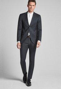 JOOP! - GUN - Pantaloni eleganti - mottled black-gray - 1