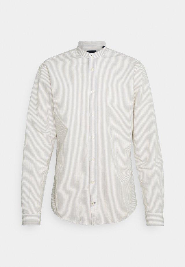 HEDDE - Skjorta - medium beige