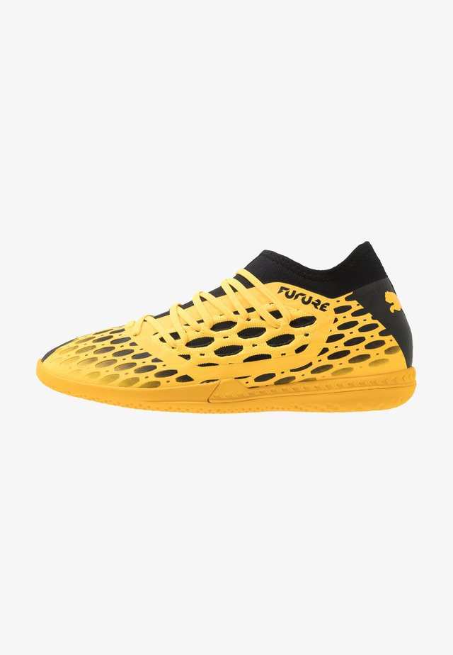 FUTURE 5.3 NETFIT IT - Indoor football boots - ultra yellow/black
