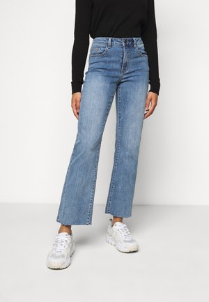 OBJWIN - Straight leg jeans - medium blue denim