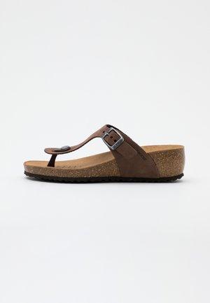 Sandály s odděleným palcem - coffee