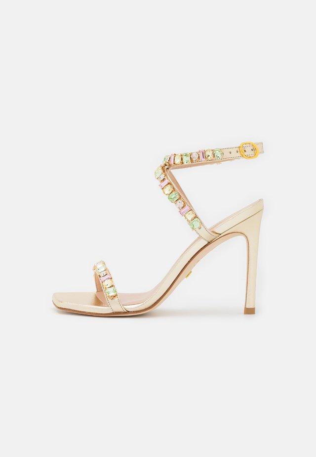 JAIDE  - Sandalen met hoge hak - platino