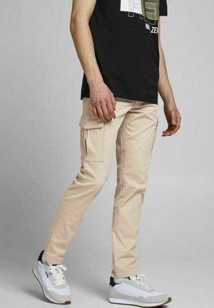 Pantaloni cargo - white pepper