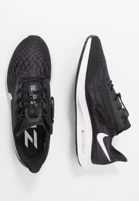 Nike Performance - AIR ZOOM PEGASUS 36 FLYEASE - Zapatillas de running neutras - black/white/thunder grey - 1