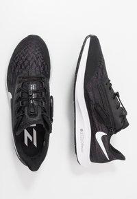 Nike Performance - AIR ZOOM PEGASUS 36 FLYEASE - Juoksukenkä/neutraalit - black/white/thunder grey - 1