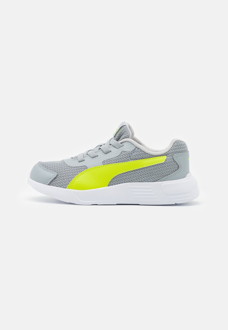 Puma - TAPER AC UNISEX - Neutral running shoes - quarry/energy yellow/gray violet