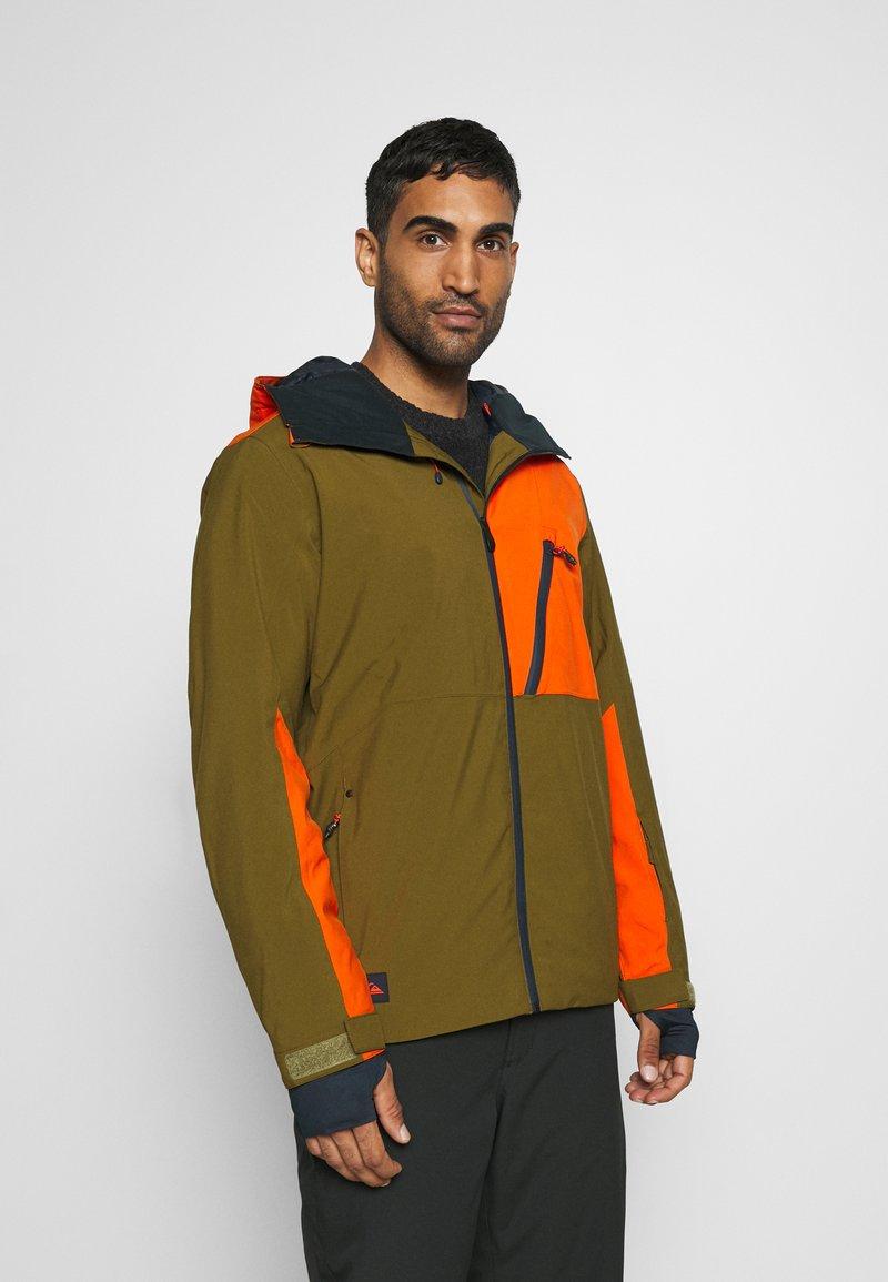 Quiksilver - CORDILLERA - Snowboard jacket - military olive