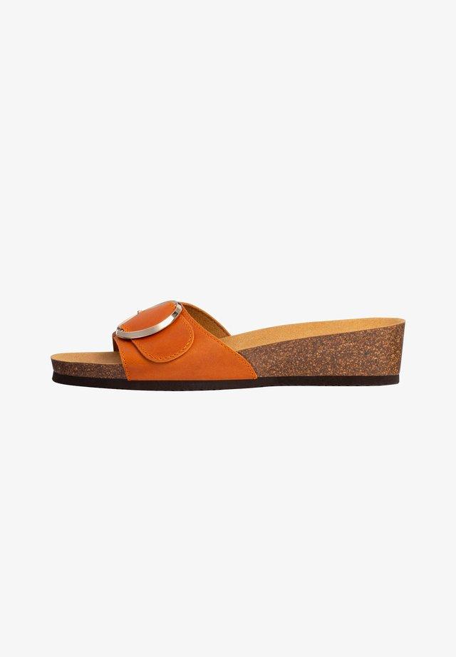 OHNE RIEMEN AMALFI  - Sandalen met sleehak - orange