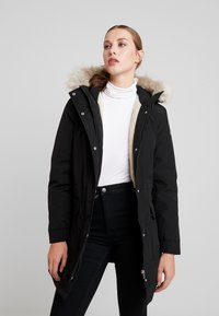 Calvin Klein Jeans - GERMANY SPECIAL PARKA - Down coat - black - 0
