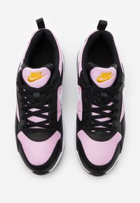 Nike Sportswear - PEGASUS '92 LITE - Trainers - black/white/light arctic pink - 3