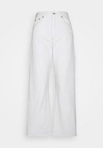 ECHO - Relaxed fit jeans - light ecru