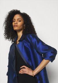 Alberta Ferretti - LONG JACKET - Klasický kabát - light blue - 4