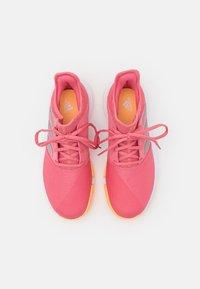 adidas Performance - GAMECOURT - Buty tenisowe uniwersalne - haze rose/silver metallic/footwear white - 3