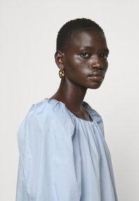 Bruuns Bazaar - ROSIE JULISE DRESS - Day dress - sky - 3