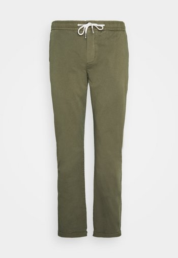 MICK PANTS PLUS - Trousers - dark olive