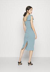 WAL G. - SARIYAH SHOULDER DETAIL MIDI DRESS - Cocktail dress / Party dress - duck egg blue - 2