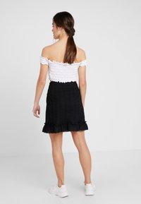 Fashion Union Petite - FASHION UNION ANGLAISE MINI SKIRT WITH FRILLED HEM - A-line skirt - black - 2