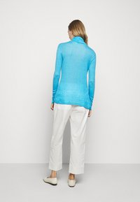 CLOSED - WOMEN - Long sleeved top - heaven - 2