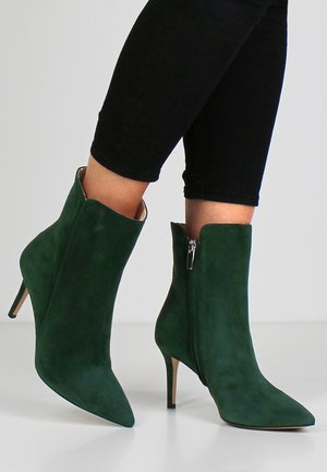 EMANUELA - Classic ankle boots - green