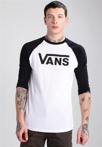 Vans - CLASSIC RAGLAN CUSTOM FIT  - Camiseta de manga larga - white/black - 0