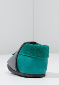 POLOLO - KLEINER STERN  - First shoes - graphit/waikiki - 3